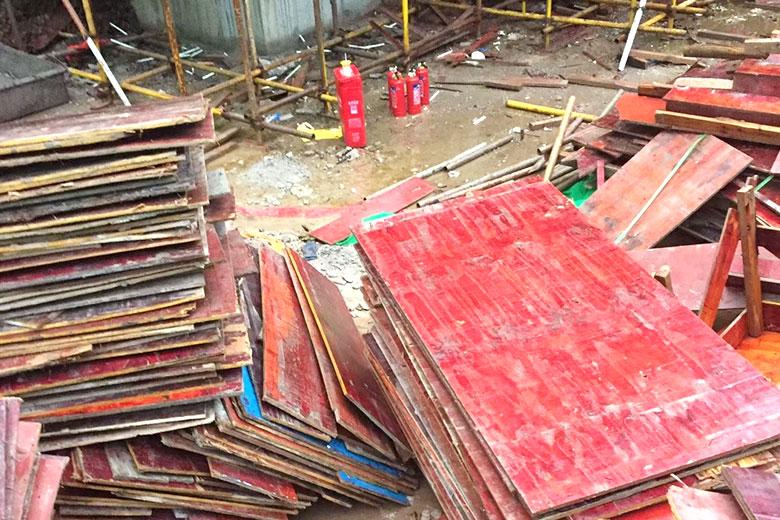 成都建筑红模板