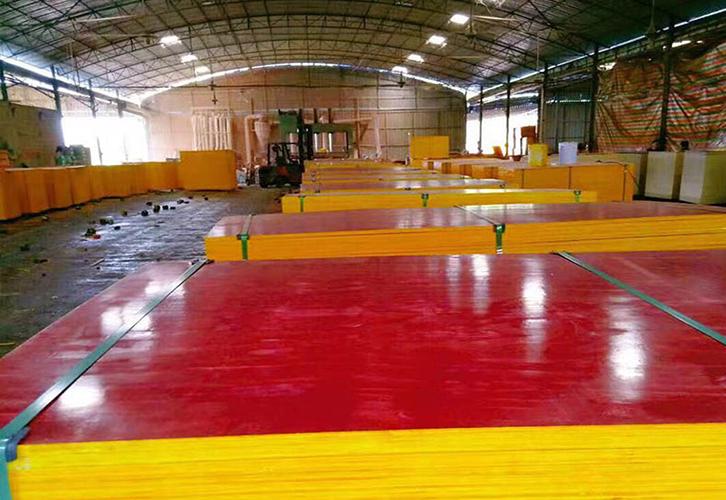 红模板8层